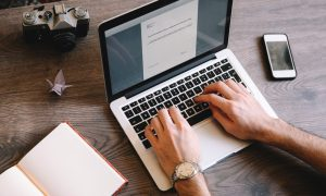 3 Cara Dasar Memulai Menulis Buku Sendiri